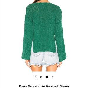 Cupcakes & Cashmere Kaya Sweater in Verdant Green